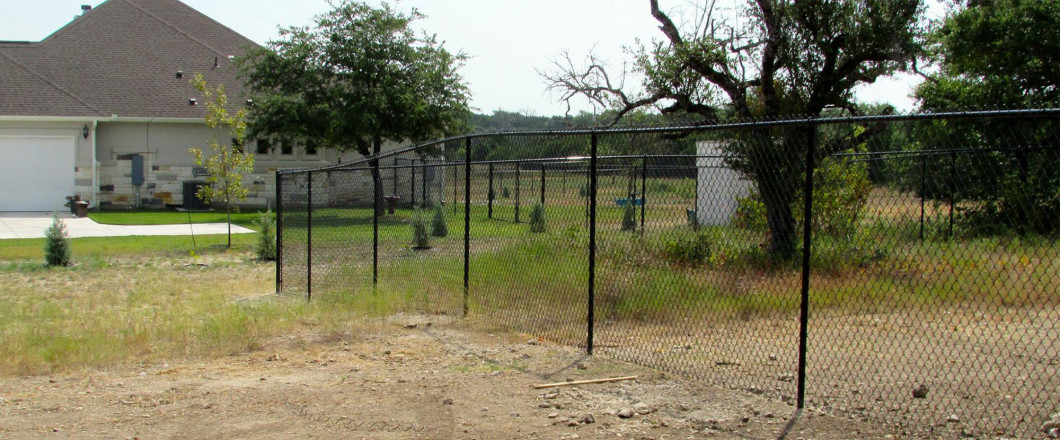 Choose an Experienced Fencing Contractor in Liberty hill and Schulenburg, Texas